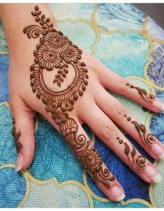 Most requested design for Eid. Please tag the original artist of the design if you know it . Searching for henna art or Mehndi ankle then Click Visit link above for more details Easy Mehndi Designs, Henna Hand Designs, Latest Mehndi Designs, Bridal Mehndi Designs, Mehndi Designs Finger, Mehndi Designs For Girls, Mehndi Designs For Beginners, Mehndi Design Pictures, Mehndi Designs For Fingers