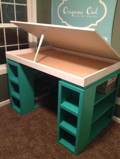 I love this twist on the modern craft desk! Craft desk: I want diy modern craft table - Diy Craft Table Sewing Room Organization, Craft Room Storage, Storage Ideas, Fabric Storage, Organization Ideas, Craft Tables With Storage, Art Studio Storage, Ribbon Storage, Creative Storage