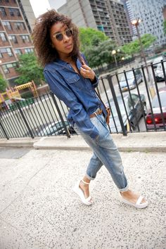 40674b049 Karen in a simple and chic outfit. Joe Fresh platform sandals and boyfriend  jeans Bold