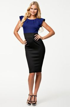 Women Dresses New Fashion Elegant Blue and Black Patchwork Dress Knee Length Bodycon Bandage Dress New Dresses for Women sold by Parisienne. Shop more products from Parisienne on Storenvy, the home of independent small businesses all over the world. Summer Dresses 2014, Casual Summer Dresses, Dress Summer, Business Mode, Business Casual, Elegant Party Dresses, Patchwork Dress, Knee Length Dresses, Cocktail