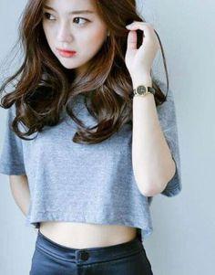 Hair styles cute medium haircuts ideas for 2019 Medium Hair Cuts, Medium Hair Styles, Short Hair Styles, Park Seul, Cute Medium Haircuts, Short Haircuts, Ullzang Girls, Hair Girls, Digital Perm