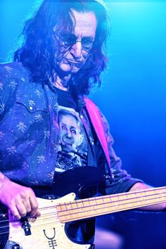Geddy Lee from Rush. One of my favorite bass players. Amazing dude.