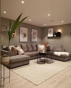 Classy Living Room, Living Room Decor Cozy, Home Living Room, Apartment Living, Interior Design Living Room, Living Room Designs, Modern Living Room Design, Beige Living Rooms, Bedroom Decor