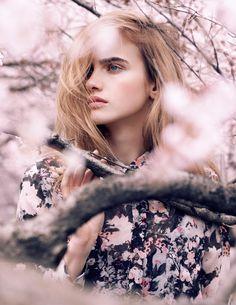 Model: Elinor Weedon (2013)   Photographer: Jens Ingvarsson