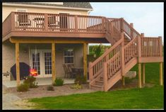 Outdoor Deck Ideas - You've chosen a deck over a patio. Need deck ideas? Enjoy this slideshow of deck design ideas and pictures for your next project. Patio Deck Designs, Patio Design, Large Backyard, Backyard Patio, Small Patio, Two Level Deck, 2 Level Deck Ideas, Multi Level Decks, 2 Tier Deck Ideas
