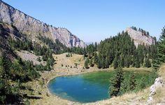 Liqeni I Madhe Peje Kosovo from Fatos Katallozi - Kosowo – Wikipedia, wolna encyklopedia