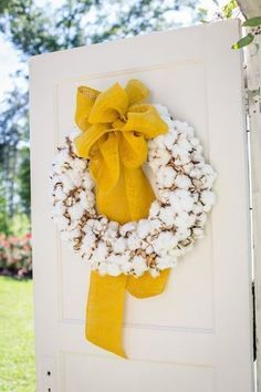 Beautful cotton wreath via Project Wedding Seasonal Decor, Fall Decor, Holiday Decor, Wedding Flower Alternatives, Cotton Wreath, Front Door Decor, Mellow Yellow, Door Wreaths, Wedding Flowers