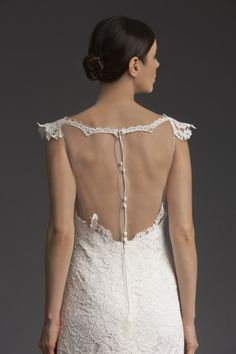 Lacy Cream by Victoria KyriaKides features a show-stopping back design that gives a modern twist to classic lace! Stunning Wedding Dresses, Wedding Dresses Photos, Designer Wedding Dresses, Wedding Gowns, Types Of Sleeves, Style Fashion, Fashion Design, Victoria, Bride