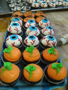 Halloween cupcakes so cool