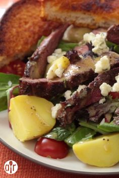 Warm steak and potatoes, served on a bed of greens and tomatoes with a red wine vinaigrette -- comfort food without the guilt. I Love Food, Good Food, Yummy Food, Tasty, Meat Recipes, Cooking Recipes, Healthy Recipes, Steak And Potato Salad Recipe, Seasoned Salt