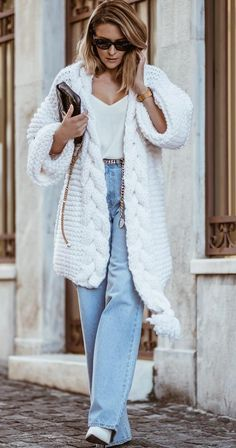 23 Women's Sweaters Cardigans To Rock Your Winter Style - Women Fashion Trends 23 Women's Sweaters Cardigans To Rock Your Winter Style outfit fashion casualoutfit fashiontrends. Winter Mode Outfits, Winter Fashion Outfits, Modest Fashion, Stylish Outfits, Cute Outfits, Knit Fashion, Womens Fashion, Cardigan Fashion, Style Fashion
