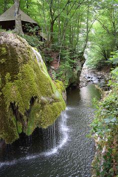 http://lejean-travels.com/cascada-bigar/