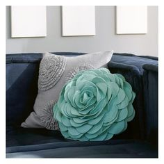 PB Teen Flora Felt Pillow, Pool at Pottery Barn Teen - Decorative... ($30) ❤ liked on Polyvore featuring home, home decor, throw pillows, pbteen, floral accent pillows, flower throw pillows, floral throw pillows and floral toss pillows