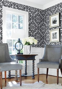 Allison #wallpaper in Black on Silver, Palisades Chairs in Zenith Velvet woven #fabric in Charcoal #thibaut