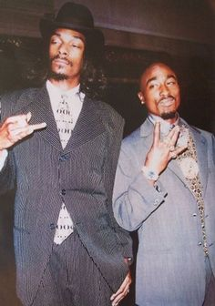 Tupac & Snoop Dogg Size: x Type: Rap Artists Poster Condition: Mint Condition **All posters are shipped rolled in a mailing tube. Snoop Dogg, Tupac Wallpaper, Rap Wallpaper, Tupac Art, Tupac Pictures, Mode Hip Hop, Estilo Hip Hop, Mode Poster, Hip Hop Art