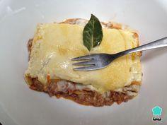 Aprende a preparar lasaña italiana con esta rica y fácil receta. Hacer una auténtica lasaña italiana es mucho más fácil de lo que parece, solo necesitas conocer las...