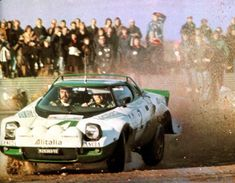 Waldegaard (Lancia Stratos) RAC, Rallye d'Angleterre 1975 - L'Automobile… Monte Carlo, Sport Cars, Race Cars, Photo Forum, Automobile, Rally Raid, First Car, Ol Days, Car And Driver