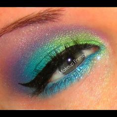 Makeup_Frenzy_Girl created this colorful, magical look using her Sugarpill Sweetheart palette!