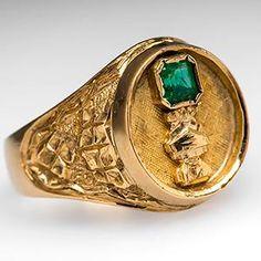 Men's Aztec Emerald Ring Etched Details 18K Gold - EraGem