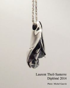 Pendentif de Laurent Theil-Santerre, diplômé 2014, photo: Michel Gauvin Laurent, Michel, Collection, Art, Pendant, Necklaces, Kunst, Art Education, Artworks
