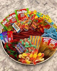 Sleepover Snacks, Night Snacks, Cute Food, Good Food, Yummy Food, Junk Food Snacks, Food Platters, Food Goals, Aesthetic Food