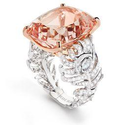 Rosamaria G Frangini | High Pink Jewellery | Boucheron Plume de Paon ring with morganite and diamonds