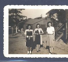 Three unidentified women; April 1946 :: Mississippi Armed Forces Museum