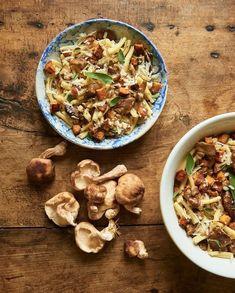 454a920552 Pâtes aux shiitakés, patate douce et sauge pour 6 personnes - Recettes Elle  à Table. 4