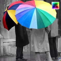 """today 2014/04/17 @colours_up presented me and featured this pic as «COLOUR SPLASH THEME» saying """"FEATURED ARTIST ★cucodevenegas★"""" tagged to #colors_up «Ain't no rain enough...   No hay lluvia que pueda conmigo...» #wenrolling"""