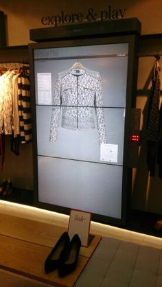 Marks & Spencer#escaparatismo #retail #visual merchandising