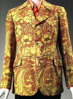 From the upcoming exhibit Hippie Chic at the Museum of Fine Arts in Boston. John Pearse for Granny Takes a Trip, Man's jacket, about Printed cotton plain weave. Hippie Chic, Hippie Style, Mode Vintage, Vintage Men, 60s And 70s Fashion, Vintage Fashion, Psychedelic Fashion, Dedicated Follower Of Fashion, E Type