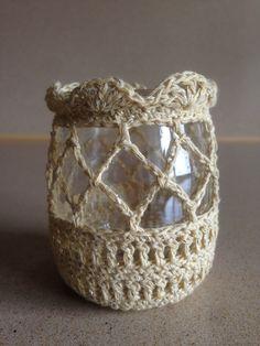 Crochet Lampshade, Crochet Tablecloth, Crochet Motif, Crochet Stitches, Crochet Patterns, Jam Jar Crafts, Mason Jar Cozy, Hobbies And Crafts, Yarn Crafts