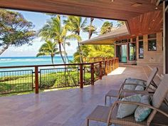 Dream Beachfront Home. Welcome to heavens !
