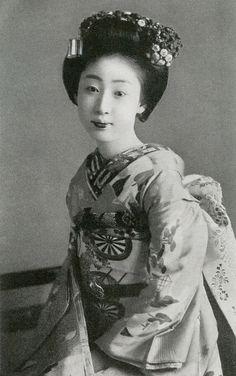 Maiko Fukusuke 1933 | Flickr - Photo Sharing!