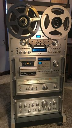 Hifi Amplifier, Hifi Stereo, Hifi Audio, Audiophile, Pioneer Audio, Home Cinema Room, Audio Rack, Galaxy Colors, Vinyl Room