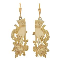 Victorian Hand Carved Ivory Hand & Bouquet Earrings, ca. 1880 I love these earrings! Victorian Jewelry, Victorian Era, Antique Jewelry, Vintage Jewelry, Antique Earrings, Dangle Earrings, Art Chinois, Hand Bouquet, Mourning Jewelry
