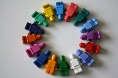 Lego birthday party molded crayons