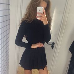 Imagen vía We Heart It https://weheartit.com/entry/156571317/via/6368802 #black #girl #grunge #outfit #style #moavsi