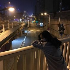 Image about girl in alternative. by 🖤 on We Heart It Night Aesthetic, City Aesthetic, Korean Aesthetic, Aesthetic Photo, Aesthetic Girl, Aesthetic Pictures, Japanese Aesthetic, Aesthetic Pastel, Ulzzang Korean Girl