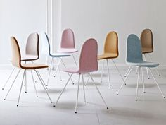 arne jacobsen's tongue chair re-issued by HOWE - designboom | architecture
