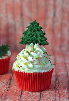 homemade sweets, bake, food, holiday cupcakes, tree cupcak, christmas trees, christmas cupcakes, christma cupcak, dessert