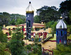 La Fundación Ronald McDonald, en el corazón del Parque Gruga (Hundertwasser)