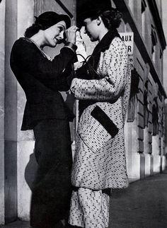 * photo Francois Kollar for Harper's Bazaar, 1935 Fashion Now, 1930s Fashion, Timeless Fashion, Retro Fashion, Vintage Fashion, Fashion Poses, Fashion Shoot, Best Fashion Photographers, French Photographers