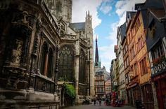 We got to Rouen this morning, totally forgetting the fact that Friday is a civic holiday and most of the places are closed. We had a good look at the Rouen Cathedral and a quick walk around part … Timber House, Day Trip, Cathedral, Street View, Europe, Houses, France, Places, Board And Batten Siding