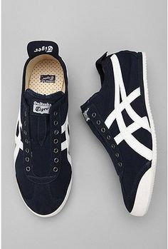 Asics : Mexico 66 Slip-On. I could see those on some feet