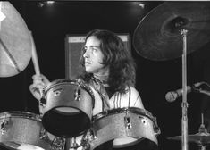 Take a look back at the life and career of Jaki Liebezeit, drummer of pioneering German Krautrock group CAN, through our retrospective. Canterbury, Can Band, Modern Drummer, Free Jazz, Psychedelic Music, Drum Machine, Miles Davis, People Talk, Jazz Music