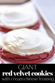 AMAZING Giant Red Velvet Cookies with Cream Cheese Frosting are a must make for any red velvet lover! via @greenschocolate Cookie Frosting, Cupcake Cookies, Cupcakes, Red Velvet Cake Mix, Red Velvet Cookies, Cream Cheese Cookies, Cream Cheese Frosting, Amazing Cookie Recipes, Easy Recipes