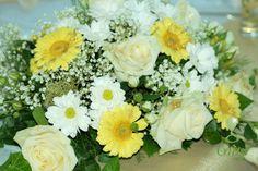 Kvetinová svadobná výzdoba Wedding flower decor