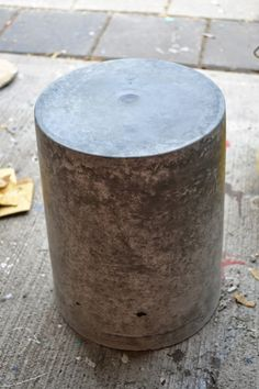 Inexpensive and DURABLE patio furniture? Why not DIY your own concrete stool/side table? Tutorial here.