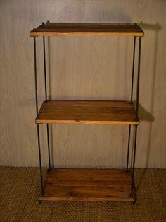 Image from http://www.99pallets.com/wp-content/uploads/2014/12/diy-adjustable-industrial-pallet-wood-shelves-1.jpg.